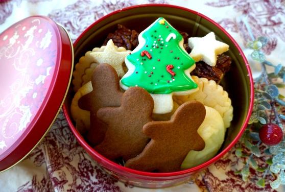 cookie tin large 2